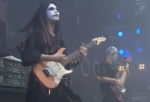 ohmura-fujioka-guitar-picture