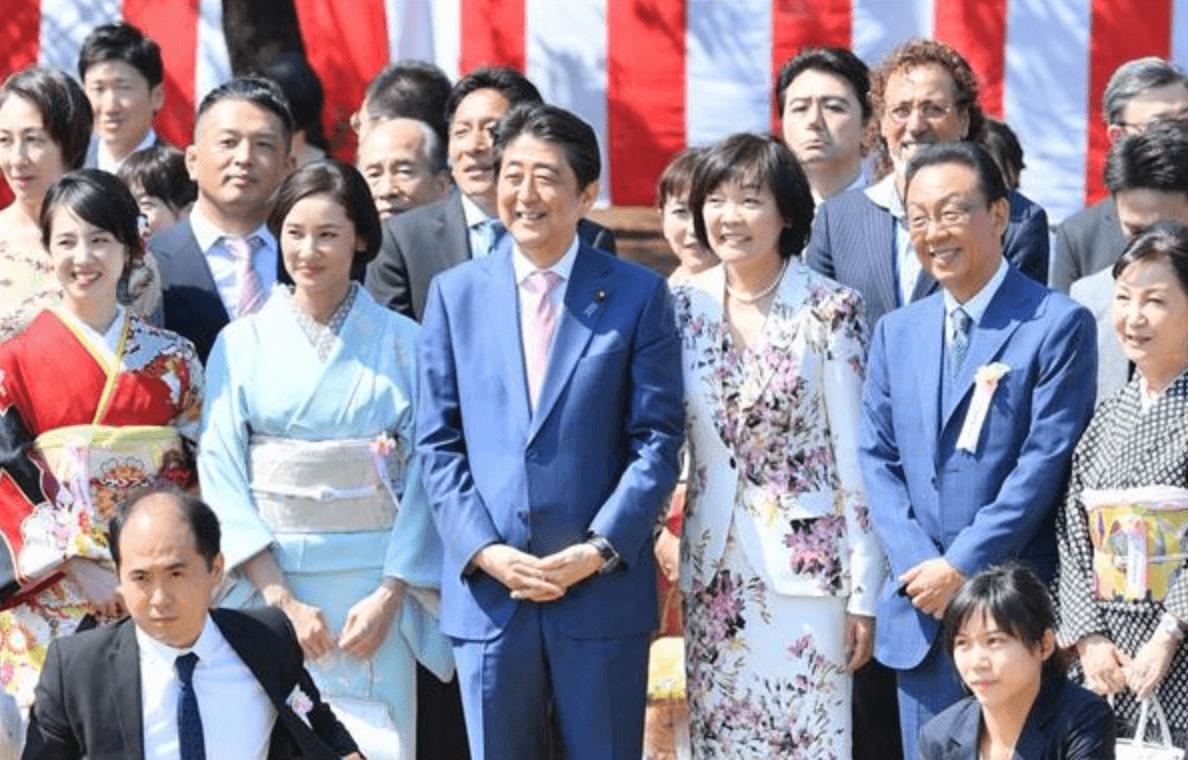安倍首相 昭恵夫人