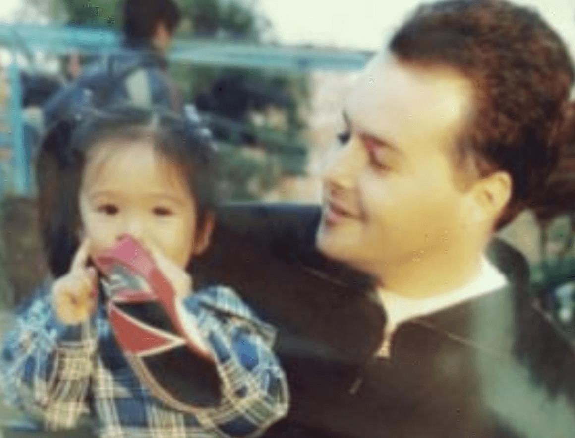 藤田ニコル幼少期,父