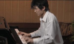 藤井風の中学時代ピアノ練習風景