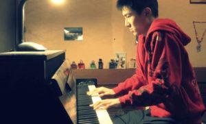 藤井風の中学時代ピアノ演奏