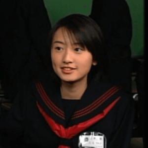 松本まりかの中学時代(セーラー服)