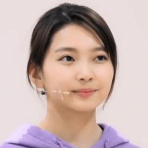 韓国合宿ミッション3、JYパークのアドバイスを受けているときのマユカの髪型