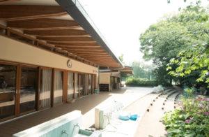 成城学園幼稚園の外観