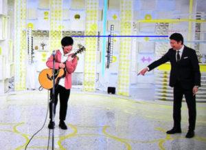優里と加藤浩次の身長比較画像