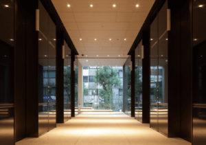 新目黒東急ビルのエレベーターホール