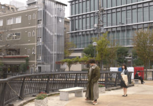 なかめ公園橋の奈未と潤之介