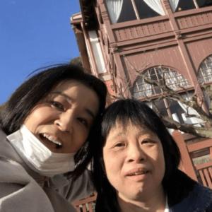 高嶋ちさ子とダウン症の姉