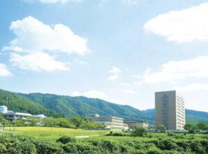 京都学園大学(現在、京都先端科学大学)の外観