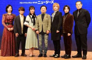 18歳の加藤清史郎と舞台の共演者