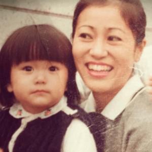 矢田亜希子と母親