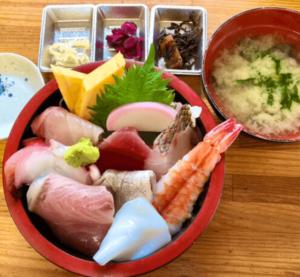 ラーメン瀬戸屋のロケ地・千葉県館山市『相浜亭』の海鮮丼