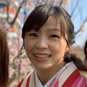 大学卒業式の川井友香子